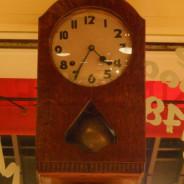 クレッソニエール 柱時計
